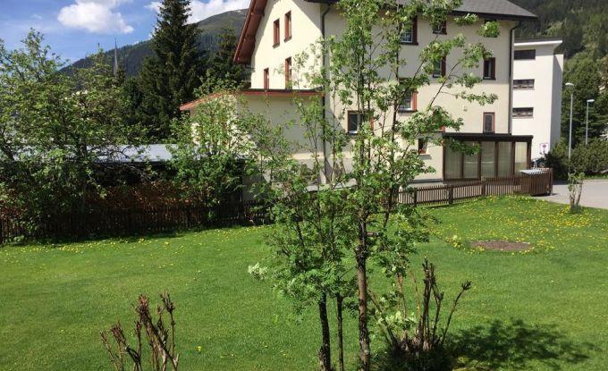 http://ferienshop.davos.ch/media/import/provider/dt_1f9e8156-18df-475f-bc4e-7bf2511701d7.jpg