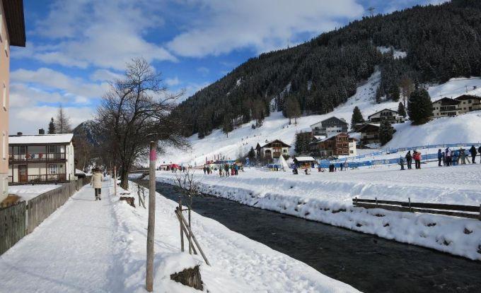 http://ferienshop.davos.ch/media/import/provider/dt_68184a32-4b16-45c1-8a91-9218e4ca1a68.jpg