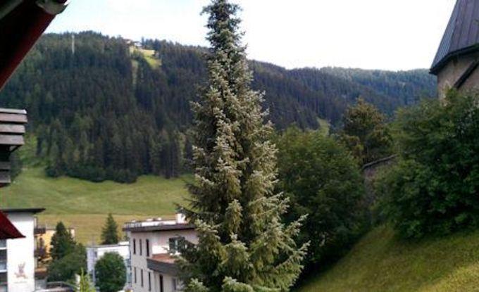 http://ferienshop.davos.ch/media/import/provider/dt_6cf7e45c-ba96-4933-9b44-0faaaece2b9b.jpg