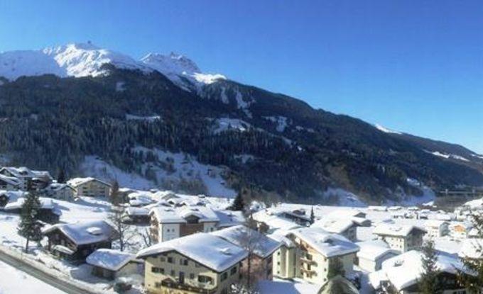 http://ferienshop.davos.ch/media/import/provider/dt_7322e9ea-fb05-4986-bfef-aa67b3d6a0cc.jpg