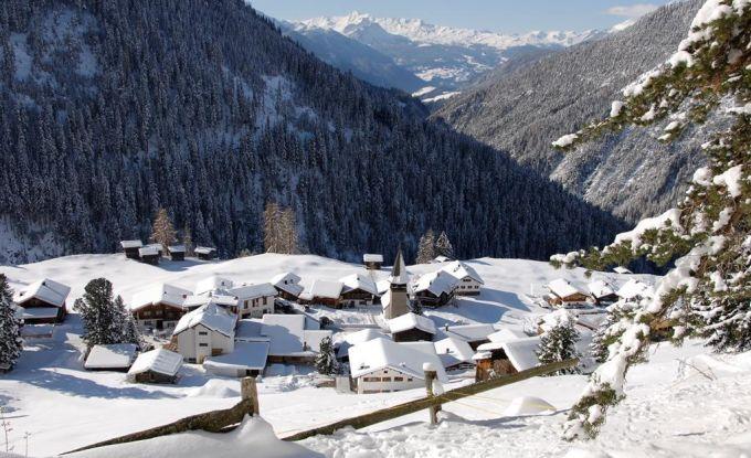 http://ferienshop.davos.ch/media/import/provider/th_5f2c712e-8665-4929-975d-cab322bd3afb.jpg