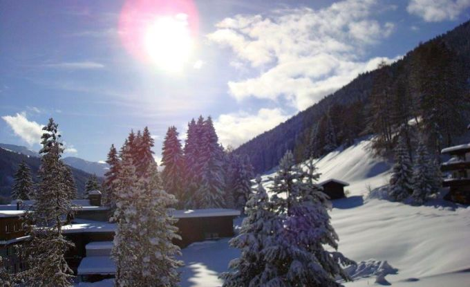 http://ferienshop.davos.ch/media/import/provider/th_65ee4629-6e8e-44b4-a190-afff1d4822c1.jpg