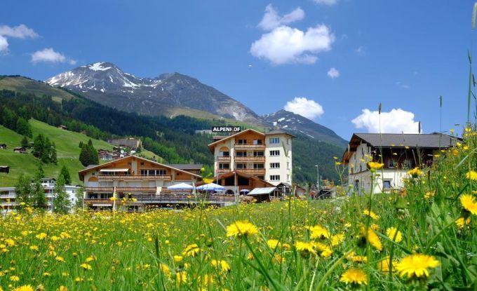 http://ferienshop.davos.ch/media/import/provider/th_e5131c3a-614c-4e50-8165-e00fbfdb876f.jpg