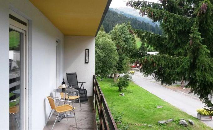 http://ferienshop.davos.ch/media/import/provider/th_f92c8ae5-dafe-43b3-b813-05bffeea1012.jpg