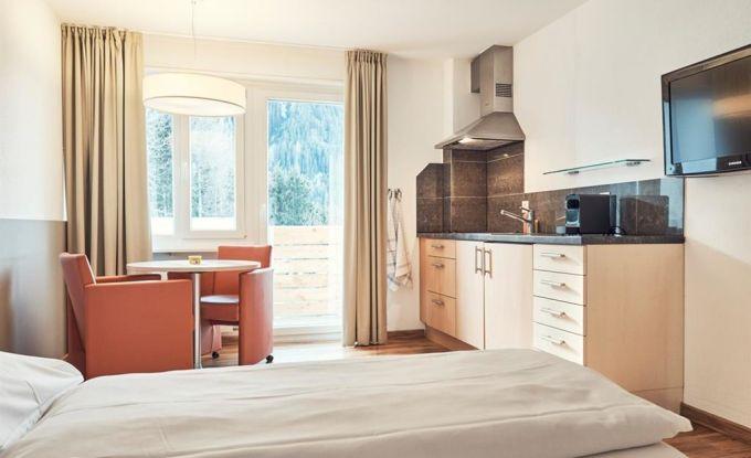 Wohn/Schlafzimmer I