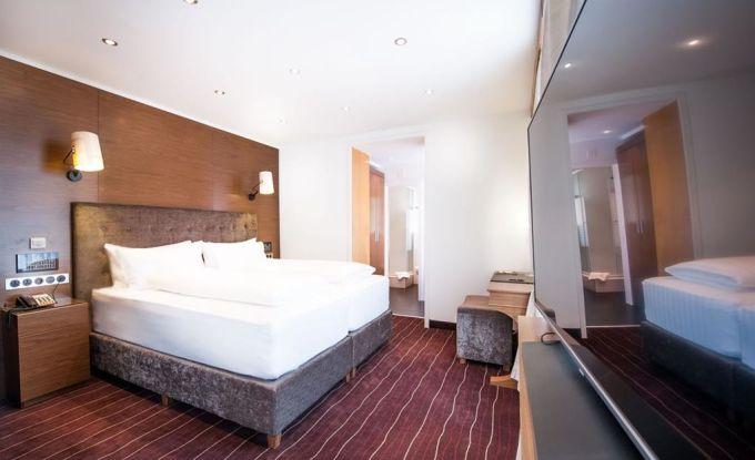 Zimmer VI