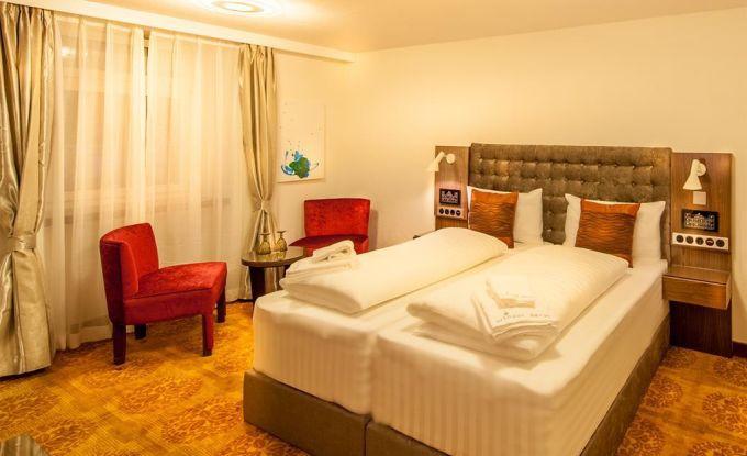 Schlafzimmer VI